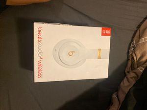 Beats studio 3 wireless headphones for Sale in Fresno, CA