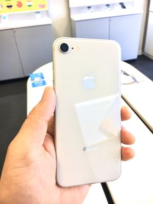 Unlocked iPhone 8 64gb for AT&T/T-Mobile/Verizon/ Total Wireless/Straight Talk/Simple Mobile/Sprint/Boost/Metro/Cricket/Mexico/international use for Sale in Portland, OR