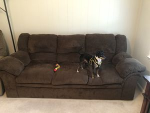Simmons Chenille Chocolate Couch for Sale in Clayton, NC