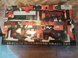 Nice Lionel FAO Schwarz Motorized Train Set Appears to be complete and in good condition, for Sale in Nashua, NH