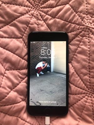 iphone 8 for Sale in Columbia, MO