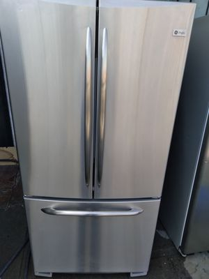 REFRIGERATOR GENERAL ELECTRIC PROFILE STAINLESS STEEL WIDE 33INCHES HIGH 68INCHES for Sale in Los Angeles, CA