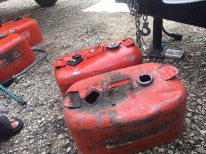 Evinrude 6 gallon Gas tanks for Sale in Boise, ID