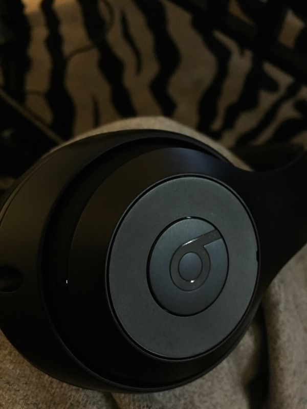 Beats by Dre Studio 3s