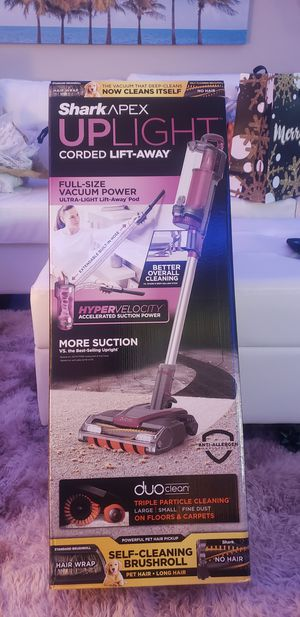 Shark Apex uplight corded lift-away vacuum for Sale in Houston, TX
