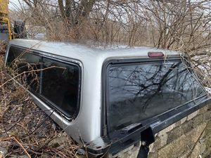 Chevy Pickup truck cap 8' for Sale in Bolingbrook, IL