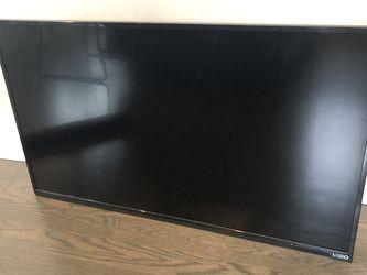 VIZIO 39-Inch LED TV With Phillips Soundbar for Sale in Chicago,  IL