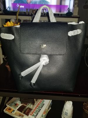 Authentic Michael Kors Purse for Sale in Warren, MI