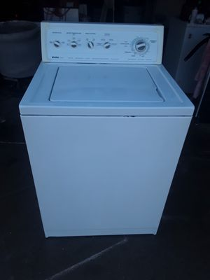 Washer by Kenmore for Sale in Fresno, CA