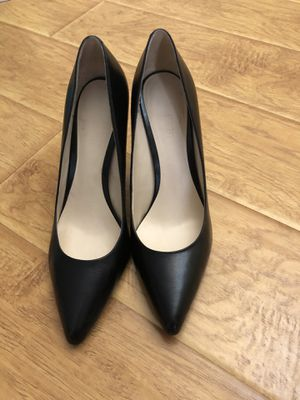 Nine West Black Leather Pumps - Size 9 for Sale in Pomona, CA