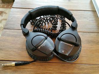 Sennheiser HD 280 Pro Headphones for Sale in Centreville,  VA