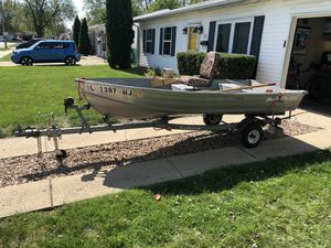 12' Fishing Boat for Sale in Romeoville, IL