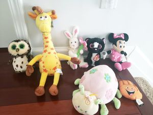 Lot of 7 kids stuffed plush toys for Sale in Smyrna, GA