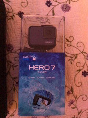 GoPro HERO 7 with accessory kit for Sale in Dallas, OR