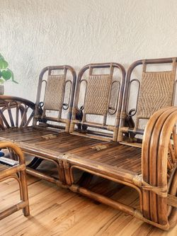 Stunning Rattan Couch for Sale in Puyallup,  WA
