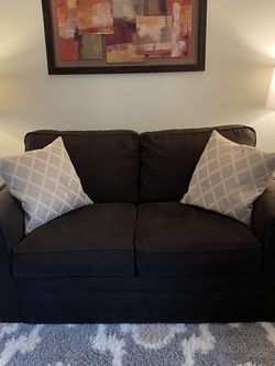 LAZBOY Brown Loveseat for Sale in Columbus,  OH