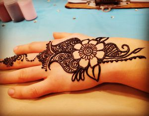 Henna for Events and Personal Appointments for Sale in Corona, CA