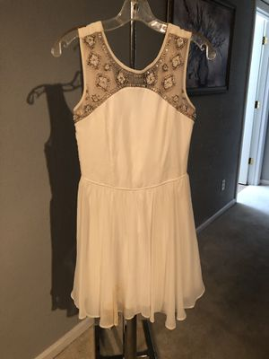 Beaded white dress, size 3 for Sale in Scottsdale, AZ