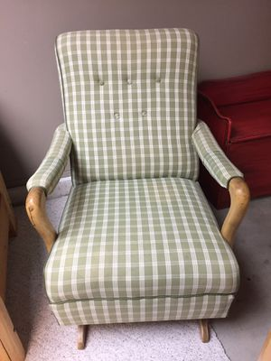 Rocking Chair for Sale in Leavenworth, WA
