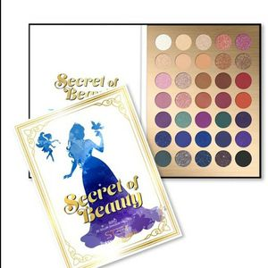 Makeup palette for Sale in Los Angeles, CA