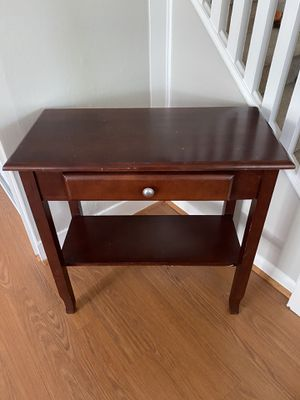 Wooden End Table for Sale in Audubon, NJ