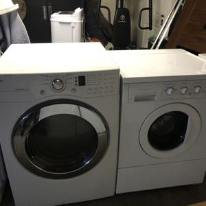 Set Frigidaire Washer And LG Electric Dryer $450 for Sale in El Sobrante, CA