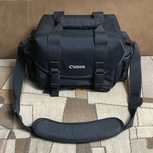 Canon 2400 DSLR/SLR Camera & Gadget Bag - Excellent Condition! for Sale in Brooklyn, NY