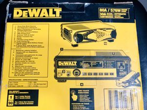DeWalt 30 Amp Multi Bank Battery with 80 Amp Engine for Sale in Stanton, CA