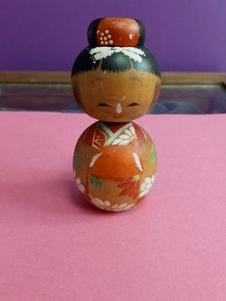 Vintage Japanese Wooden Kokeshi Bobble Head Doll for Sale in Troutdale,  OR