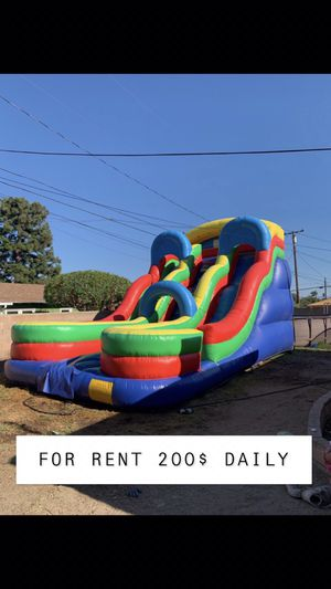 HUGE DOUBLE LANE WATER SLIDE for Sale in Montclair, CA
