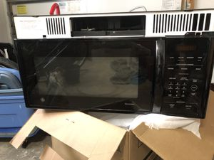 GE Spacemaker Over-the-Range Microwave Oven with Recirculating Vent for Sale in Fort Lauderdale, FL