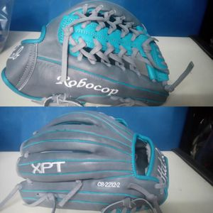 Custom baseball / softball glove for Sale in Strabane, PA