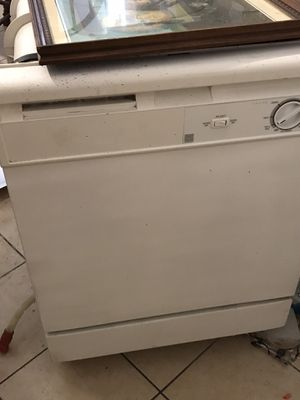 Whirlpool Dishwasher for Sale in Columbia, SC