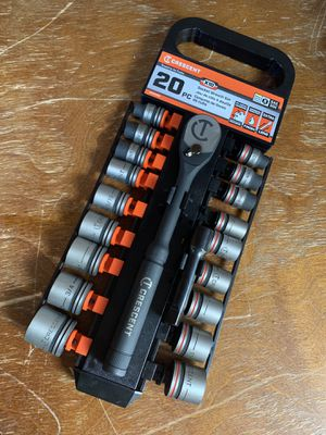 Crescent 20pc socket wrench set for Sale in Modesto, CA