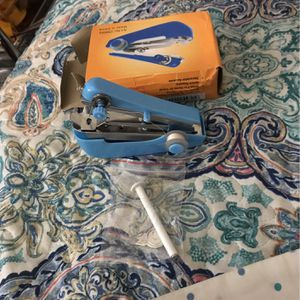 Portable Sewing Machine for Sale in Sacramento, CA