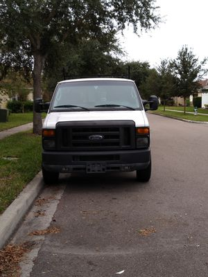 2011 Ford e250 V8 145 miles runs great Cajun Shelby ladder racks private owner new tires runs great excellent condition in and out FL title for Sale in Alafaya, FL