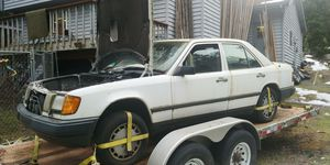 Parting 1987 Mercedes Benz W124 300d for Sale in Lynnwood, WA