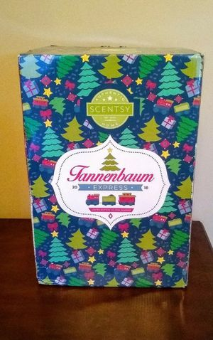Scentsy 2018 Tannenbaum Warmer for Sale in EXCELSIOR EST, MO