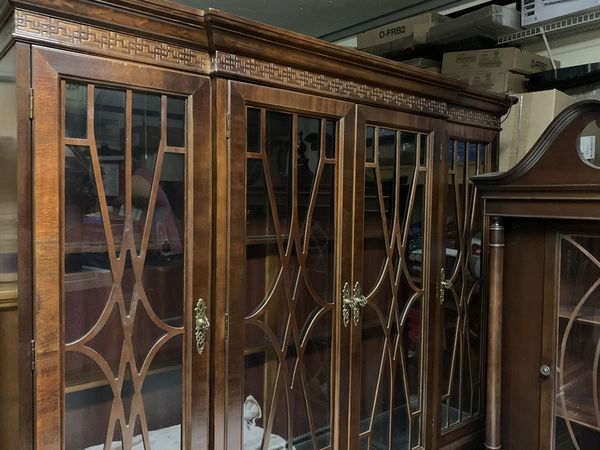 Beautiful Antique Mahogany China Cabinet