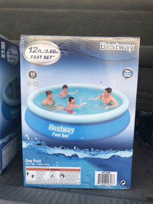 12ft Intex Swimming Pool for Sale in Anaheim, CA