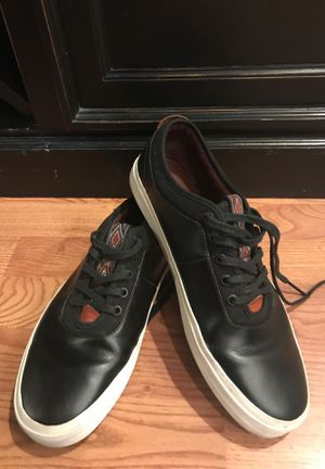 Men's size 11 Vans off the wall black leather shoes skate for Sale in Newberg, OR