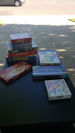 Games & puzzles (9 item lot) for Sale in Roseville, CA