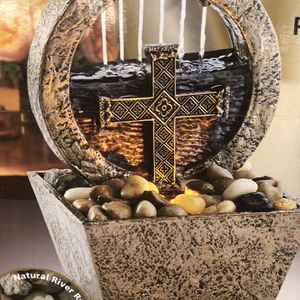 Small Table Top Water Fountain for Sale in Thousand Oaks, CA