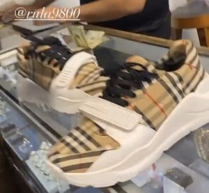 Burberry shoe for Sale in Las Vegas, NV