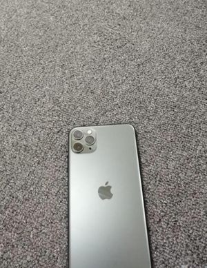 Iphone 11 pro Max for Sale in Griggsville, IL