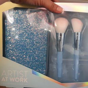 Set Of Brush With Bag for Sale in Los Angeles, CA