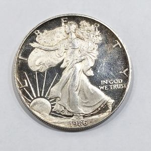 US Mint 1986 S $1 1 Oz .999 Fine Silver Walking Liberty / Silver Eagle 92024-1 for Sale in Tampa, FL