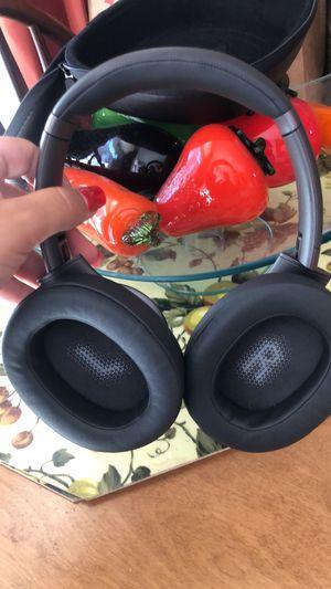 jbl headphones wireless bluetooth for Sale in Salem, MA