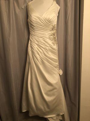 Davids Bridal wedding dress for Sale in Kennewick, WA