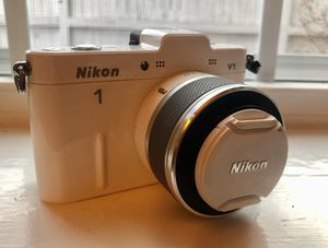 Nikon V1 Mirrorless Digital SLR Camera for Sale in Denver, CO